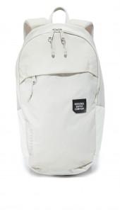 Mammoth Medium Backpack