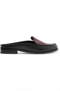 Nebulla elaphe and leather slippers