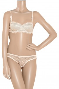Amour lace padded balconette bra
