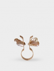 Rose Gold-Plated Hammered Ring with Freshwater Keshi Pearls