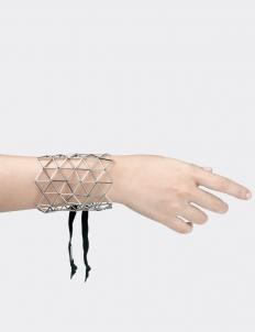 MCE Hand Cuff
