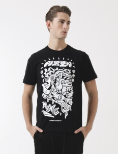 WXG x Laro Lagosta Black T-Shirt