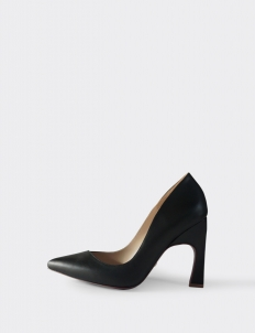 Black Aveline Pumps