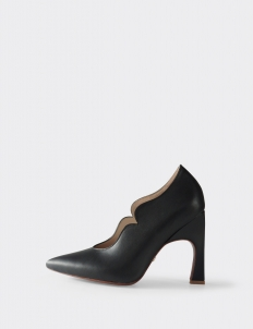 Black Andrea Pumps