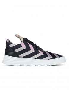 Low Top Zag Zig Sneakers