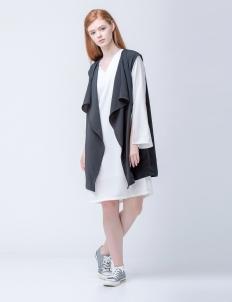 Black Anya Vest