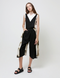 Black Pinafore Cullotte