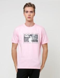 Pink Q.L CRISIS Basic T-Shirt