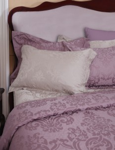 Purple Leonide Quilt Cover 270 Mattress
