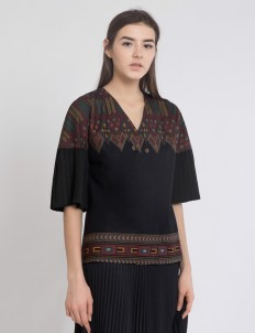 Black Kimmy Pleated Top