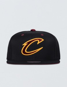 Clevenland Cavaliers Solid Velour Logo Snapback
