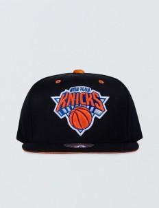 New York Knicks Solid Velour Logo Snapback