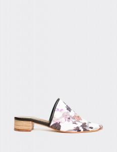 White Kembang Sandals