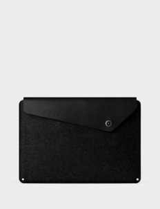 """Black Sleeve for 15"""" Macbook"""