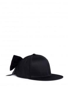 Velvet bow baseball cap
