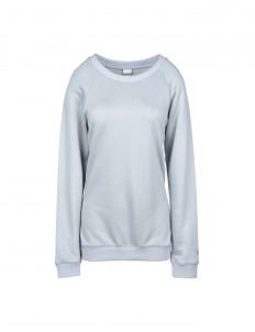 Technical sweatshirts and sweaters