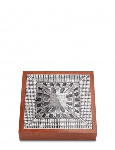 Cortile chessboard set
