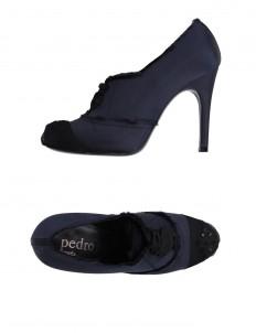 PEDRO GARCÍA Laced shoes