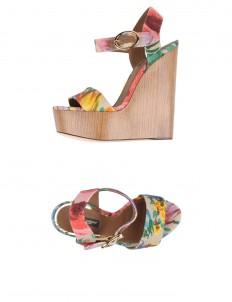 DOLCE \u0026 GABBANA Sandals