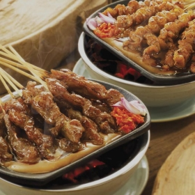 Sate Khas Senayan Bobo Offer Dining
