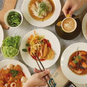 Seroeni Bobo Offer Dining
