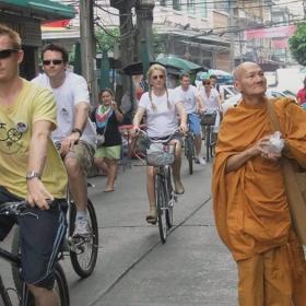 Classic Chinatown Bike Tour in Bangkok