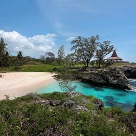 Adventurous Sumba Megalithic Trip