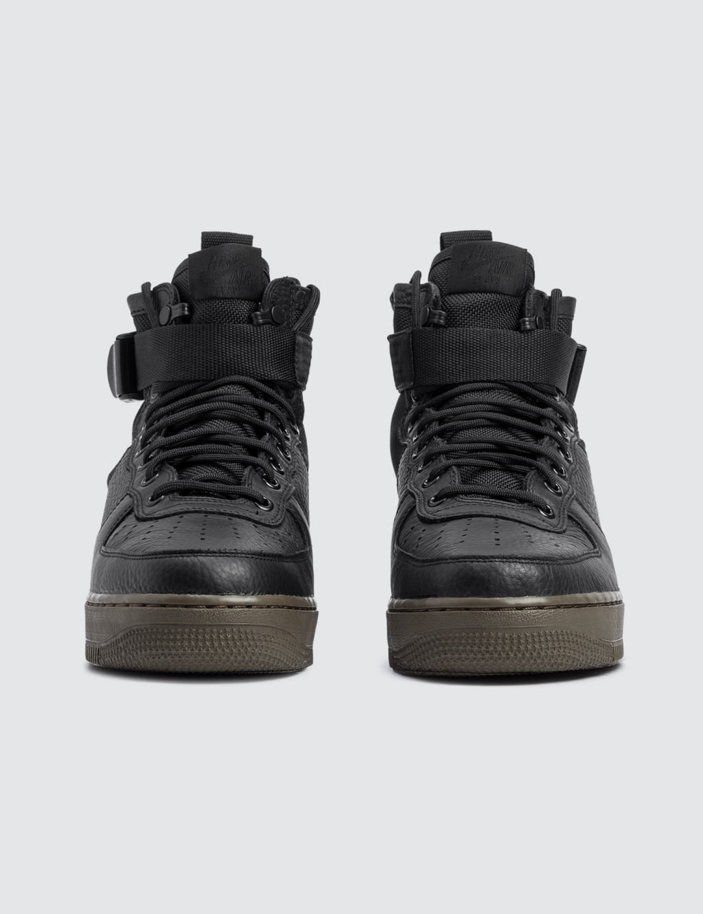 ... NIKE W SF Air Force 1 Mid ...