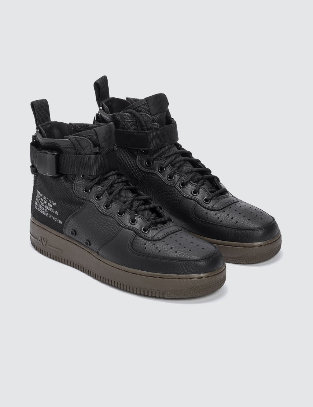 NIKE W SF Air Force 1 Mid ...