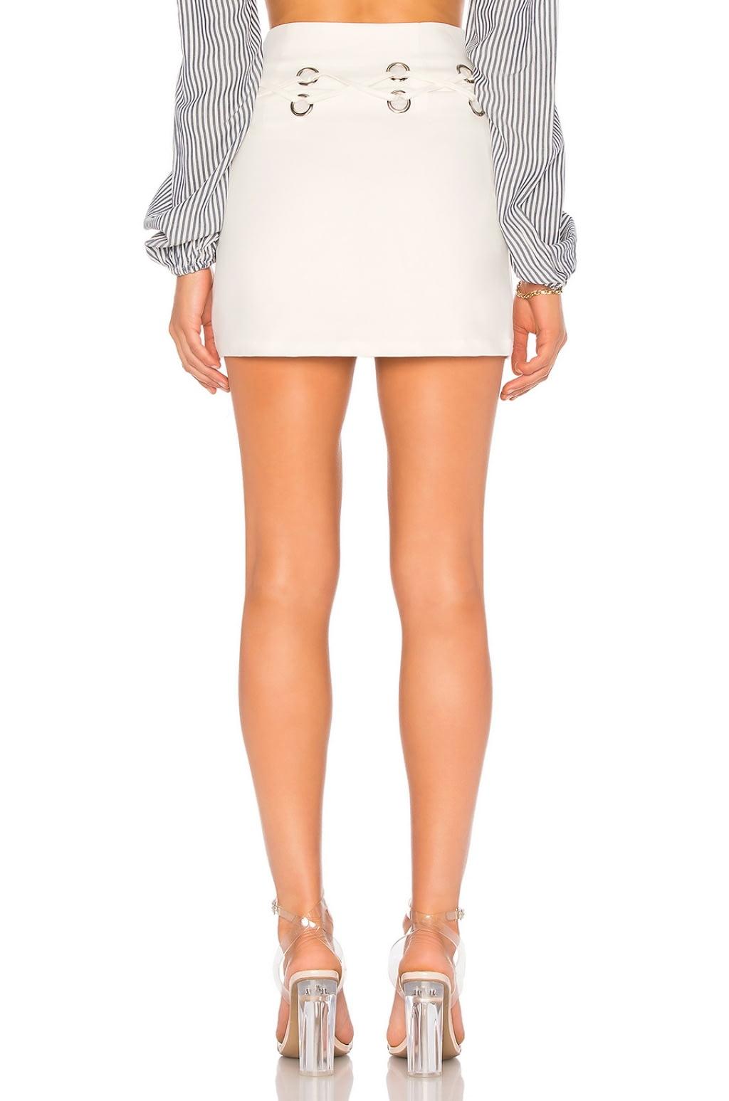 Venetia Mini Skirt in White. - size M (also in L,S,XS,XXS) by the way.