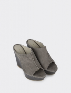 Winston Smith Amanda Slip On