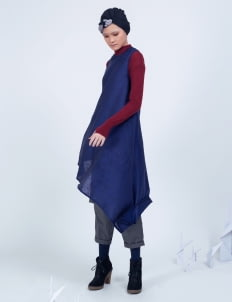 Amanda Rahardjo Navy Arcane Dress