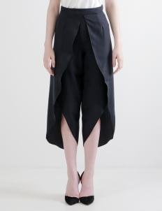 BloometChamps Black Semprong Pants