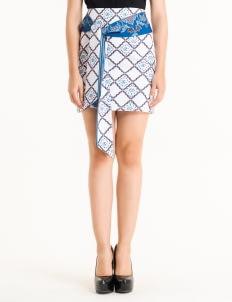 Bateeq White FL005E-SS18 Regular Cotton Printed Skirt
