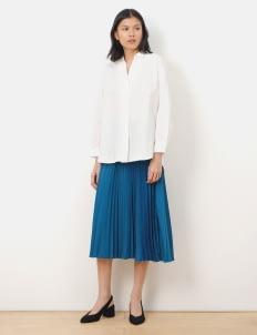 American Holic by Stripe Japan Off White Margot V Neck Shirt