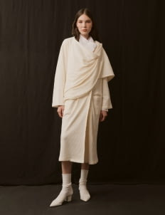 ATS THE LABEL Broken White Chicko Outerwear