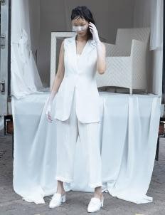 Amanda Rahardjo White Dissolve Vest