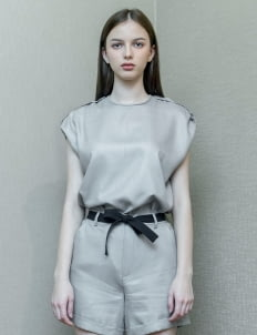 Day and Night Gray Louis Top