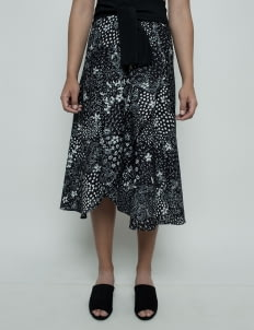 Oemah Etnik Black Multiway Sawarna Batik Skirt