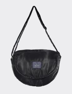 OLIVE & ELM Eclipse Sling Bag - Black