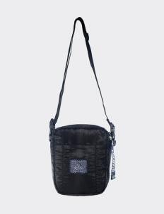 OLIVE & ELM Cup DSCVR  Sling Bag - Black