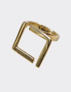 Verso Delta Ring - Gold