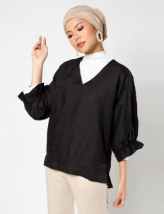 Sayee Byul Bubble Sleeved Top - Black