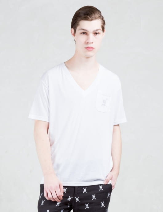 Roen V neck Skull Pocket S/S T-Shirt