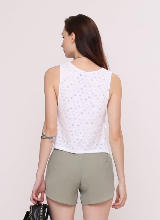 Wearstatuquo White Chic Flick Top