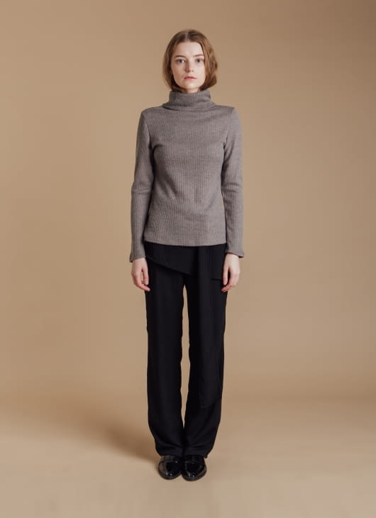 CLOTH INC Gray Knit Turtleneck Sweater