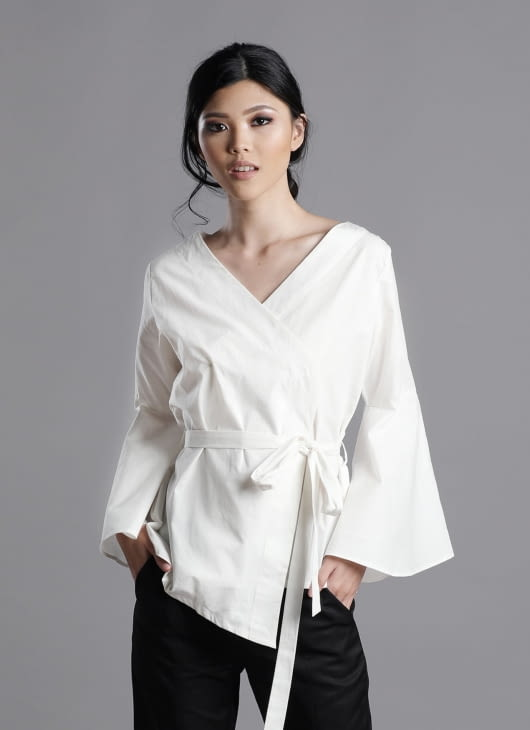 Auria White Zen Top