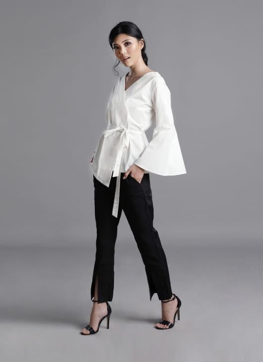 Auria White Zen Top