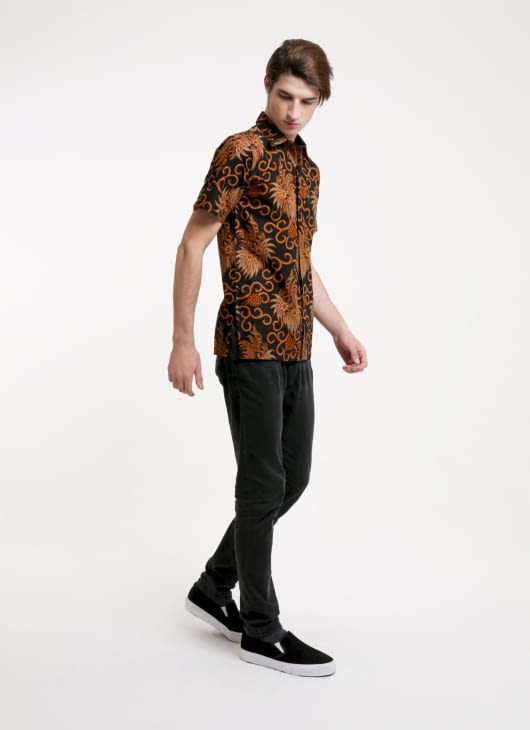Rianty Batik Black Richard Batik Shirt