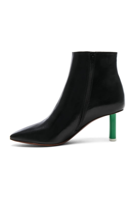 VETEMENTS Lighter Heel Leather Ankle Boots